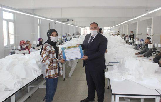 Yıldızeli Se-İr Tekstilde Kurs Sertifikası Sonrası Asgari Ücret Dönemi Başladı